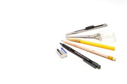 遺言書はボールペンで書くの?万年筆?鉛筆?、消せるボールペンは?|行政書士阿部総合事務所