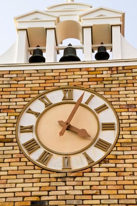 「たった一度の人生」と「人生時間でいま何時ですか?|行政書士阿部総合事務所