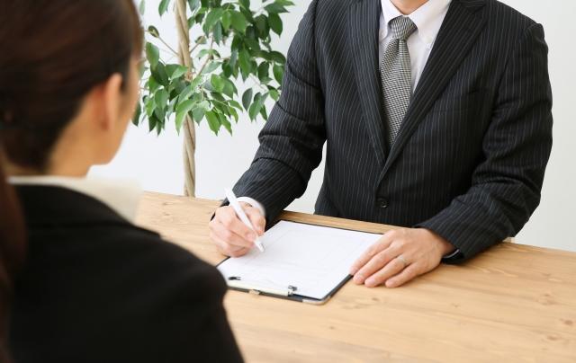 【外国人社員雇用Q&A】日本人と同じように働ける外国人っているの?|行政書士阿部総合事務所