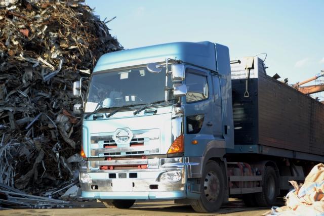 一緒に考えよう!、「ゴミ屋敷問題」は行政の放ったらかしが原因?!|行政書士阿部総合事務所