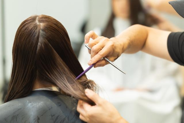 美容業、コロナ禍で倒産増のニュースと、コロナ禍でも業績向上している美容サロンの事例|行政書士阿部総合事務所